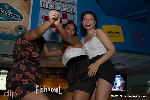 Dance Party At Fish Bowl! - Photo #61922