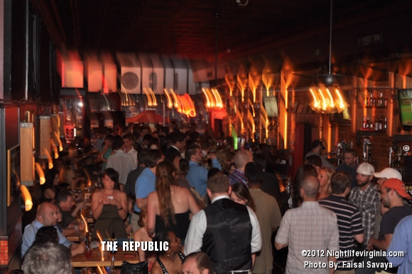 Bachelors and Bachelorettes Get Auctioned Off at Republic! - Photo #72123